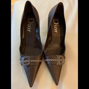Authentic Christian Dior STUNNING pointy toe pumps